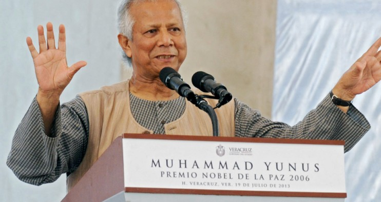 Bangladeshi 2006 Nobel Peace Prize winner and microcredit pioneer Muhammad Yunus delivers a lecture in San Juan de Ulua, Veracruz state, Mexico on July 19, 2013. Yunus is in Mexico to deliver lectures and promote social enterprises.   AFP PHOTO/ Koral CARBALLO        (Photo credit should read KORAL CARBALLO/AFP/Getty Images)